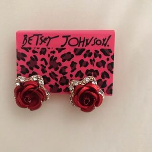 Betsey Johnson Red Rose Flower Earrings NWT